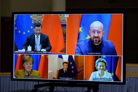 Hàng loạt nghị sĩ EU dọa hủy hiệp định đầu tư với Trung Quốc - ảnh 2