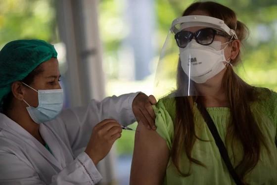 Sau Delta, chủng virus đột biến Gamma đang dấy lên mối lo ngại mới ở nhiều nước - Ảnh 4.