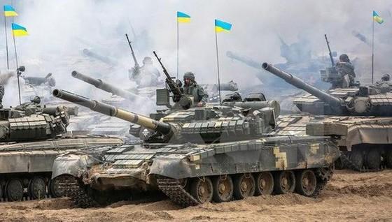Ukraine bất ngờ tấn công dữ dội lực lượng dân quân miền Đông ảnh 18