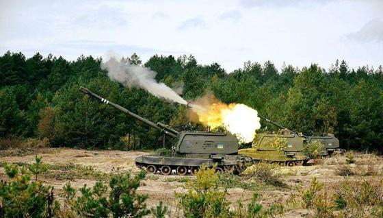 Ukraine bất ngờ tấn công dữ dội lực lượng dân quân miền Đông ảnh 14