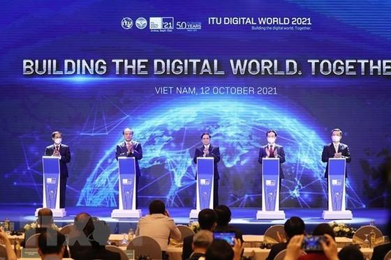 Vietnam commits to national, regional digital transformation hinh anh 2