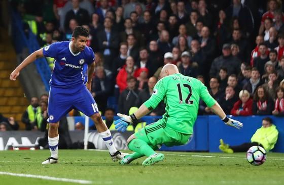 Diego Costa ghi bàn mở đường cho chiến thắng quan trọng của Chelsea.