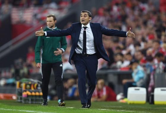 Sau 27 năm, Valverde trở lại với mái nhà Barca.
