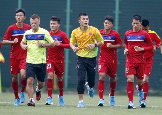 Đội tuyển Việt Nam sẽ có thêm sức trẻ, nhiệt huyết và khát khao cống hiến của các thành viên U20 Việt Nam. Ảnh: Anh Khoa