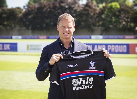 De Boer là cái tên phù hợp với Palace.