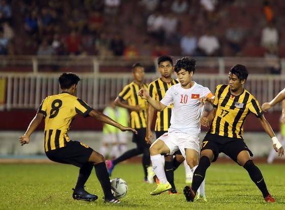 """Chính cái sự """"ngẫu hứng"""" của Malaysia trong bóng đá lại làm… """"lòi"""" ra nhiều vấn đề.    Ảnh:  Nhật Anh"""