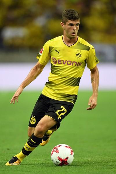 Christian Pulisic tin rằng Dortmund có cơ hội soán ngôi của  Bayern Munich trong mùa bóng sắp tới .