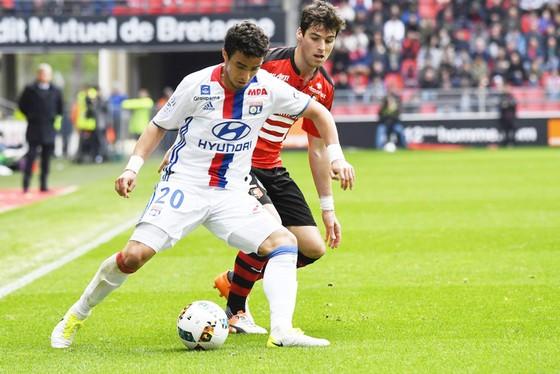 Rennes (sau) khó cản được Lyon