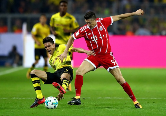Bundesliga 2017-2018: Hấp dẫn hơn cả ảnh 1