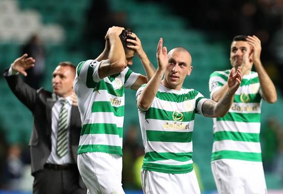 hất  bại tại lượt về nhưng Celtic vẫn là đội giành quyền đi tiếp