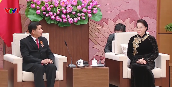 Chủ tịch nước Trần Đại Quang tiếp Chánh án Tòa án nhân dân tối cao Lào ảnh 2