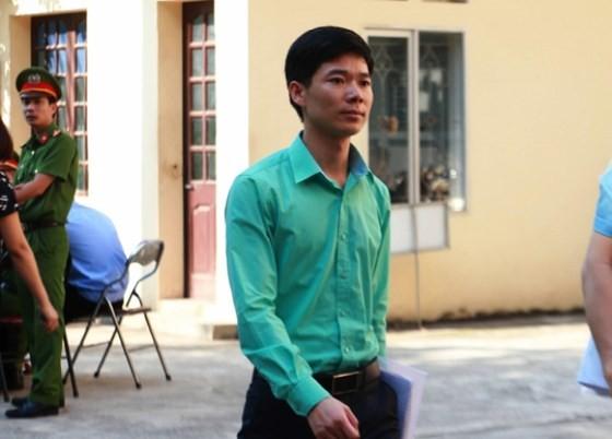 Vụ tai biến chạy thận ở Hòa Bình: Truy tố bác sĩ Hoàng Công Lương cùng 6 bị can ảnh 1