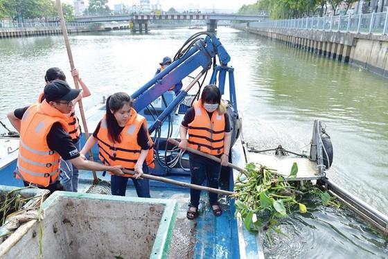 Chung tay giảm thiểu ô nhiễm môi trường, bảo vệ nguồn nước sạch ảnh 1