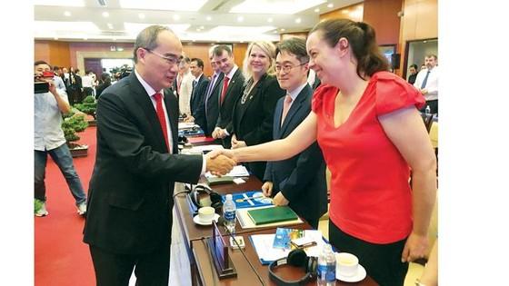 Lãnh đạo TPHCM gặp gỡ doanh nghiệp FDI:  Cam kết môi trường đầu tư minh bạch, thuận lợi ảnh 1