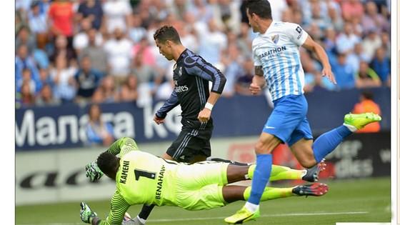 Real Madrid lên ngôi vô địch La Liga 2016/17 ảnh 1
