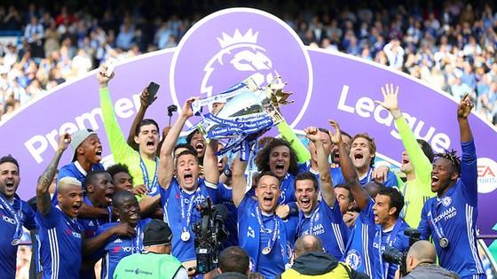 Chelsea hoàn toàn xứng đáng là tân vương của Premier League