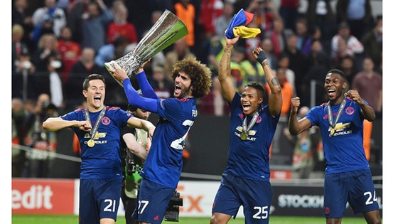 Chung kết Europa League 2017: Man.United thắng Ajax 2 - 0