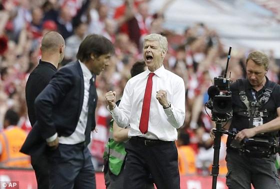 Arsenal đăng quang ngôi vô địch FA Cúp 2017 ảnh 1