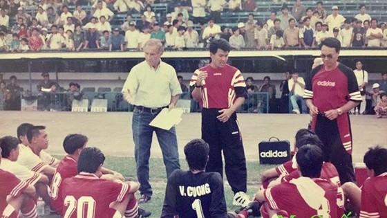 Karl-Heinz Weigang - Người ơn của bóng đá Việt Nam ảnh 1