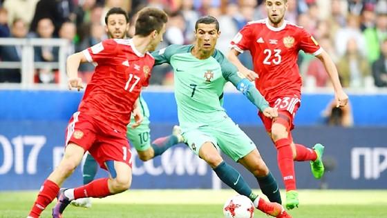 Các cầu thủ Nga đã để Ronaldo ghi bàn ở trận trước, họ buộc phải thắng Mexico trận này