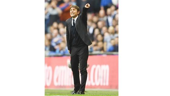 HLV Antonio Conte của Chelsea