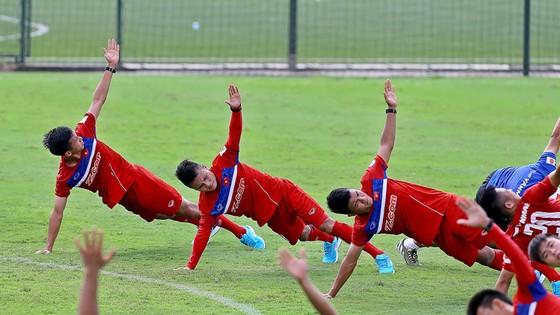 Bài tập nâng thể lực, sức bền cho đội hình U22 Việt Nam.