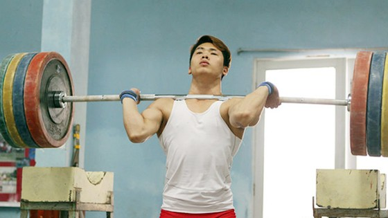 Lực sĩ Trịnh Văn Vinh là niềm hy vọng của thể thao CAND tại SEA Games 29. Ảnh: Thiên Hoàng
