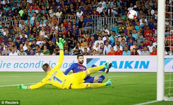 Siêu Cúp Tây Ban Nha: Barcelona bất ngờ thua Real Madrid 1 - 3 ảnh 1