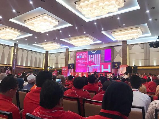 Phe đối lập Malaysia chọn cựu Thủ tướng Mahathir Mohamad 92 tuổi làm ứng cử viên Thủ tướng ảnh 1