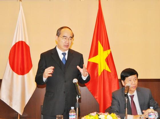 Bí thư Thành ủy TPHCM Nguyễn Thiện Nhân gặp gỡ kiều bào Việt Nam tại Nhật Bản ảnh 1