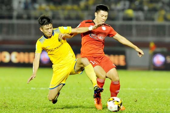 Bảng xếp hạng Nuti Café V.League 2018 (ngày 5-4): Hà Nội chiếm ngôi đầu