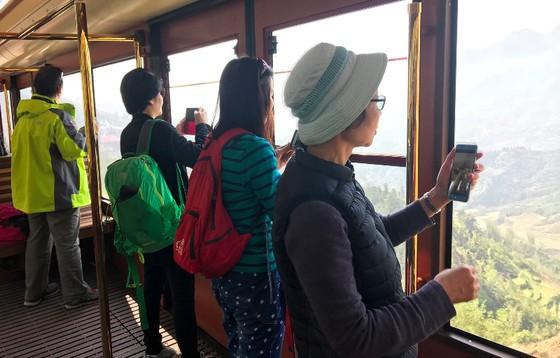 Cảnh sắc Tây Bắc có một không hai nhìn từ tàu hỏa leo núi Mường Hoa ảnh 8