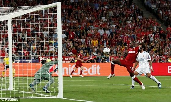Thắng Liverpool 3-1, Real Madrid lên ngôi vô địch Champions League 2018 ảnh 3