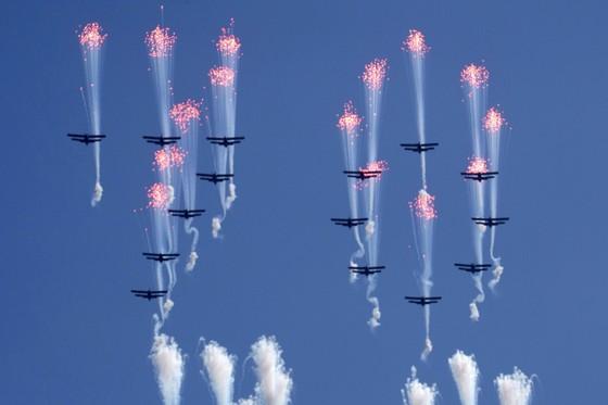 CHDCND Triều Tiên diễu binh không có tên lửa tầm xa mừng 70 năm Quốc khánh ảnh 5