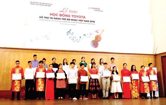 Học bổng Toyota chắp cánh cho tài năng trẻ âm nhạc Việt Nam ảnh 1