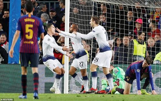 Champions League rạng sáng 12-12: Paris S.G, Liverpool và Tottenham cùng giành vé ảnh 1