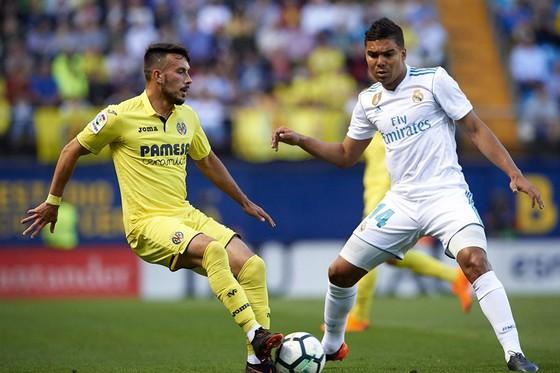 Villarreal - Real Madrid 2 - 2: Kền kền lại chơi thất thường