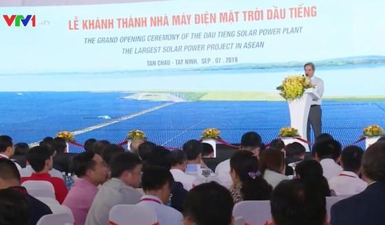 Khánh thành nhà máy điện mặt trời lớn nhất Đông Nam Á ảnh 1