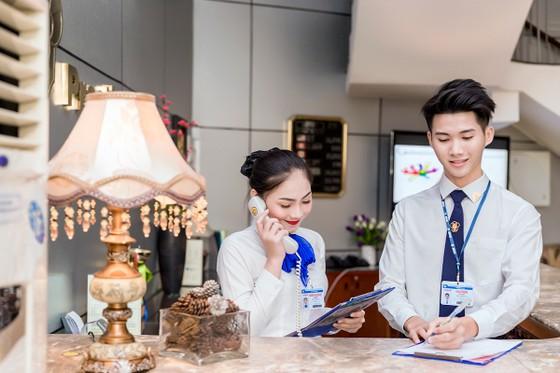30 năm Trường Trung cấp Du lịch và khách sạn Saigonrourist ảnh 2