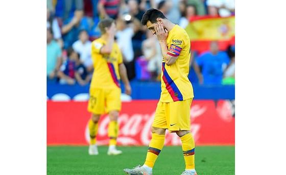Sự thất vọng của Messi sau trận đấu với Levante