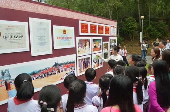 Trưng bày 100 bức ảnh đẹp về di sản Việt Nam ảnh 1