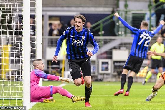 Kết quả Champions League (rạng sáng 20-2): Atalanta và Leipzic chiếm ưu thế ảnh 1