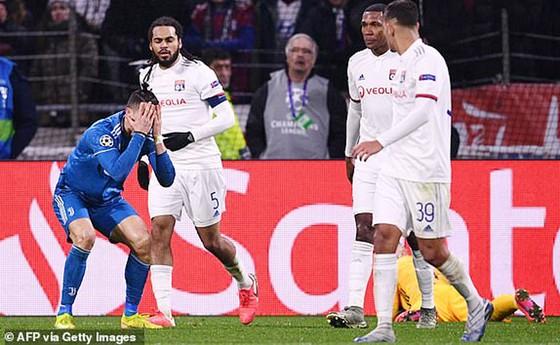 Lượt đi vòng 16 đội Champions League 2020: Real Madrid 'sụp đổ' trước Manchester City ảnh 3