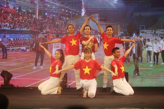 Đỗ Hùng Dũng, Huỳnh Như, Trần Văn Vũ đoạt Quả bóng Vàng Việt Nam 2019 ảnh 21