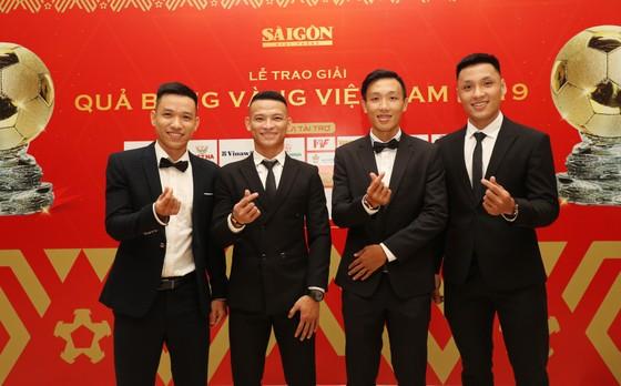Đỗ Hùng Dũng, Huỳnh Như, Trần Văn Vũ đoạt Quả bóng Vàng Việt Nam 2019 ảnh 27