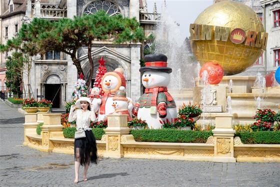 Mùa Giáng sinh 2020 tại Sun World Ba Na Hills sẽ kéo dài đến 31-12 ảnh 2