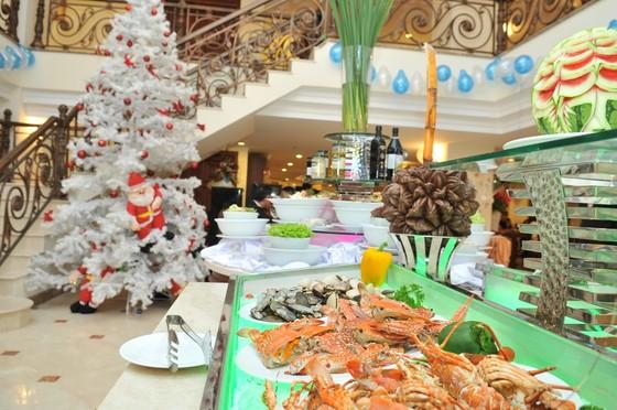 Rộn ràng Giáng sinh – năm mới 2021 với loạt khuyến mãi từ các khách sạn thuộc Saigontourist Group  ảnh 2