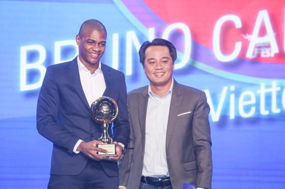 Văn Quyết, Huỳnh Như và Minh Trí đoạt Quả bóng Vàng Việt Nam 2020 ảnh 14