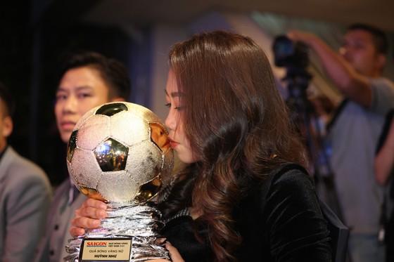 Văn Quyết, Huỳnh Như và Minh Trí đoạt Quả bóng Vàng Việt Nam 2020 ảnh 8