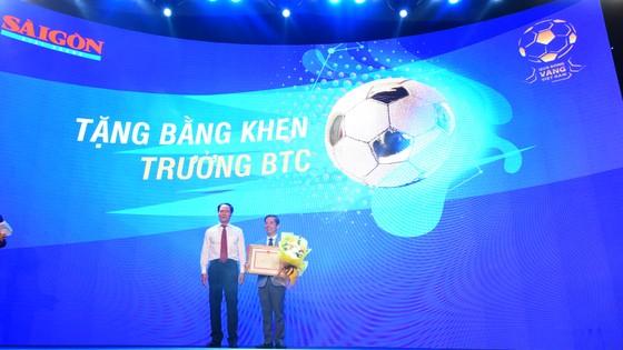 Văn Quyết, Huỳnh Như và Minh Trí đoạt Quả bóng Vàng Việt Nam 2020 ảnh 17